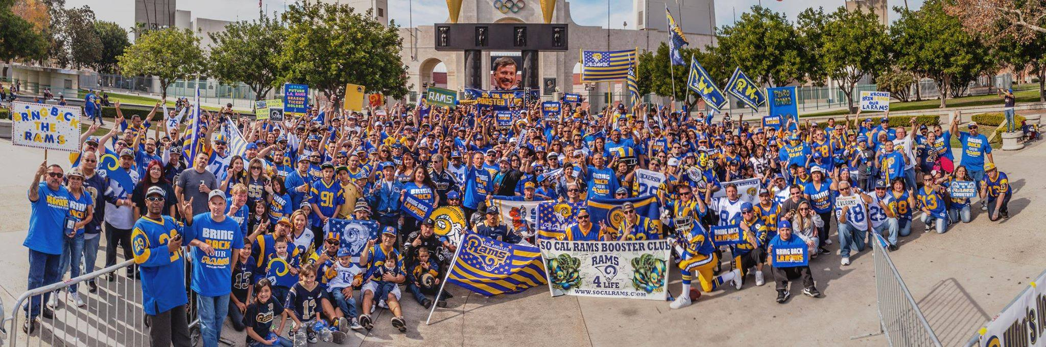 LA football fans