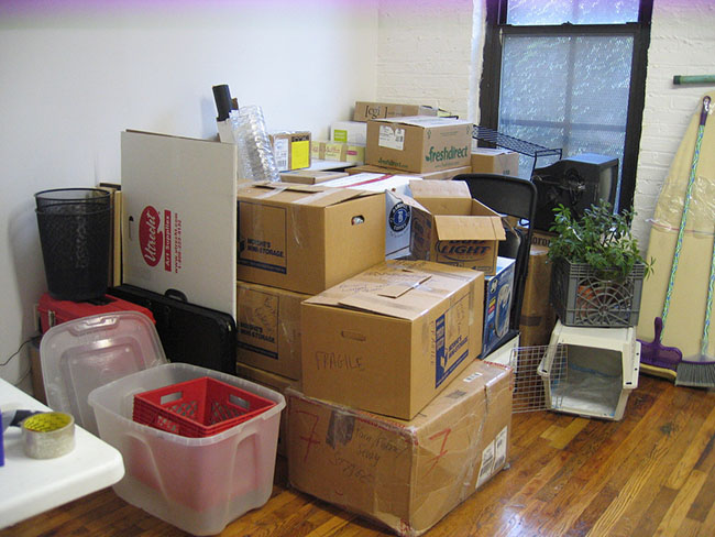 Packing up kitchen appliances